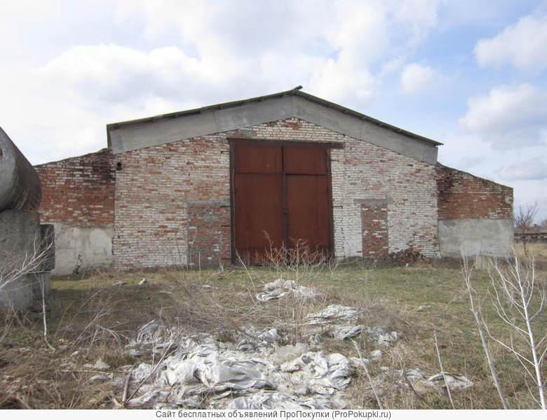 В городе Новоалександровск продаются два зерновых склада