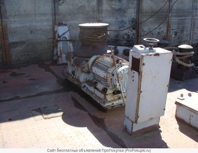 Оборудование и запчасти на плавкран Ганц 16-30