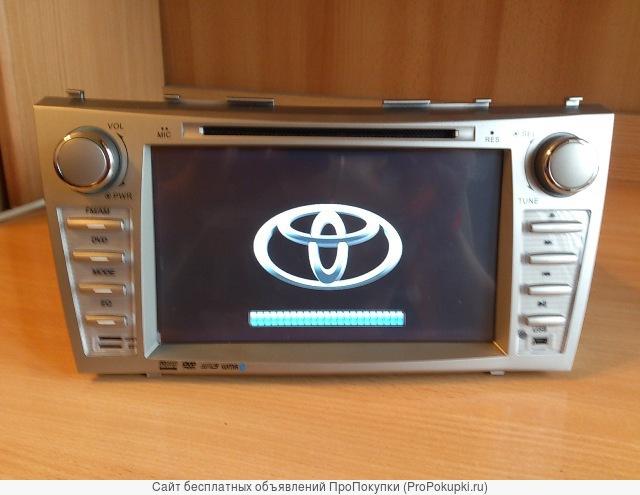 Штатное головное устройство Toyota Camry .Новая