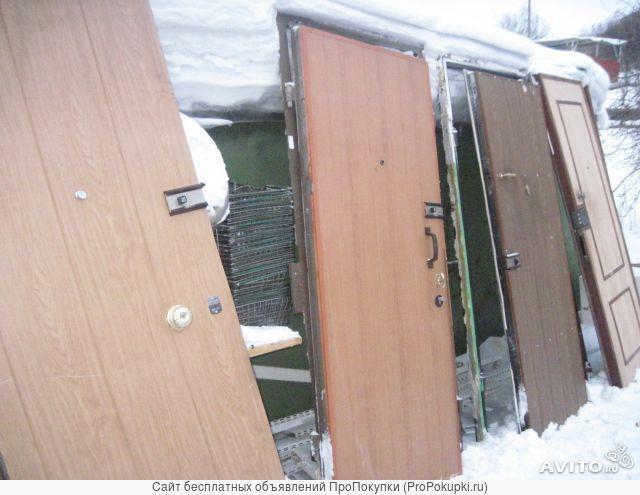 Различные металлические двери Б/У