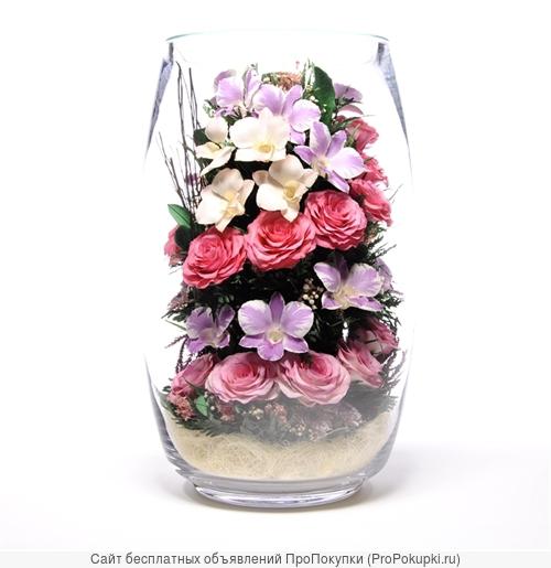 Для интерьера цветы в вазах в вакууме