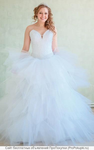Свадебное платье от 3000
