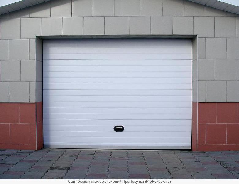 Секционные ворота и входные двери.