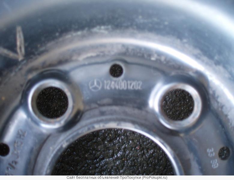 Оригинальные диски на мерседес R-15 с зим. резиной