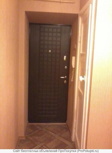 Срочно сдам Малышева 25 однокомнатная квартира