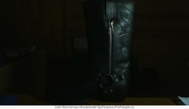 Продаю срочно,ковбойские мужские сапоги , Германия, новые, кожа натур.,за половину цены