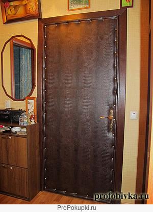 обшивка обивка перетяжка двери дермантином (винилкожей)