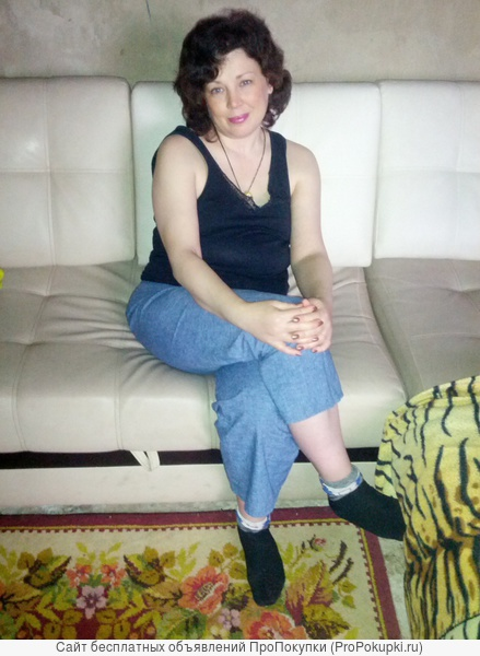 Женщина массажист