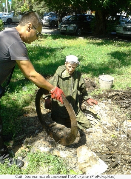 Ручная чистка канализационных колодцев