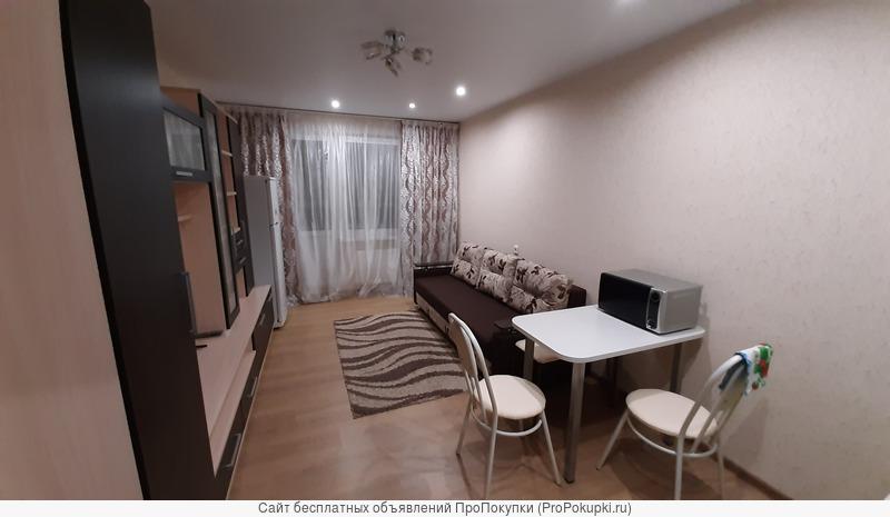Сдам квартиру посуточно г.Киров ул. Зеленая дом 32