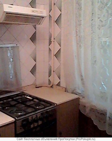 2-к квартира Комсом.пл-дь / Козлова