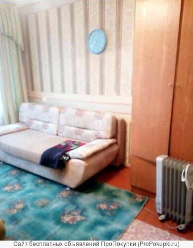 Сдам КГТ 30 м. мебель, лоджия. Заводской район