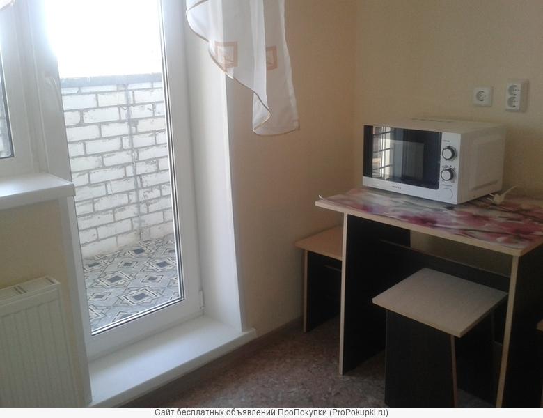 СобственникСдам квартиру на длительный срок 1-комн. квартира Академика Сахарова ул, д. 30 (Тополиная аллея)
