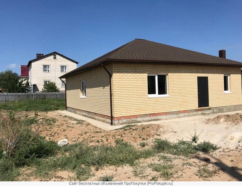 Продаётся дом с земельным участком в посёлке Кирова