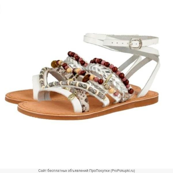 Модные сандалии с кисточками, помпонами, бахромой, подвесками