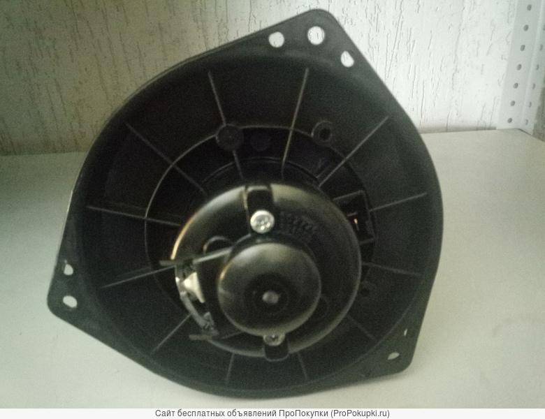 Мотор печки с крыльчаткой на японский грузовик