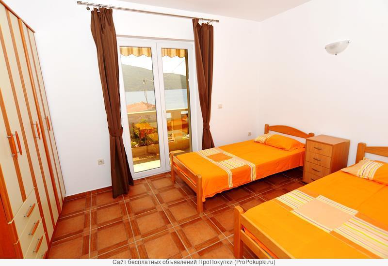 Срочно продаю отель-апртамент на берегу моря в Черногории