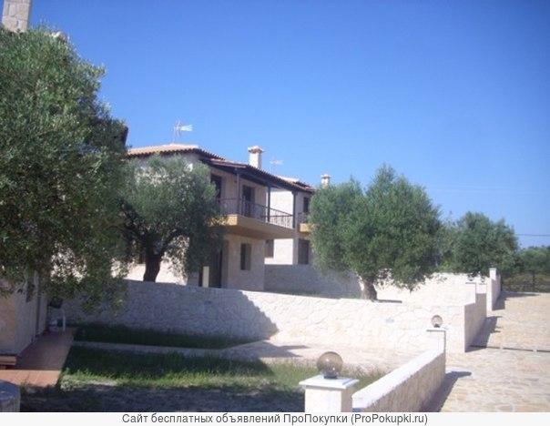 Дома с земельным участком и видом на море