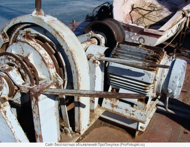 Запчасти и оборудование на плавкран Ганц 16-30