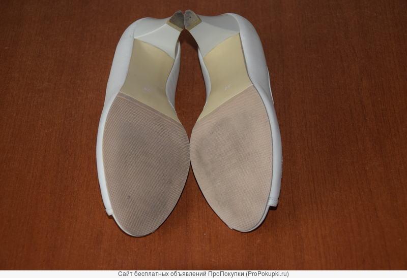 Туфли женские, натуральная кожа, песочного цвета,размер 38