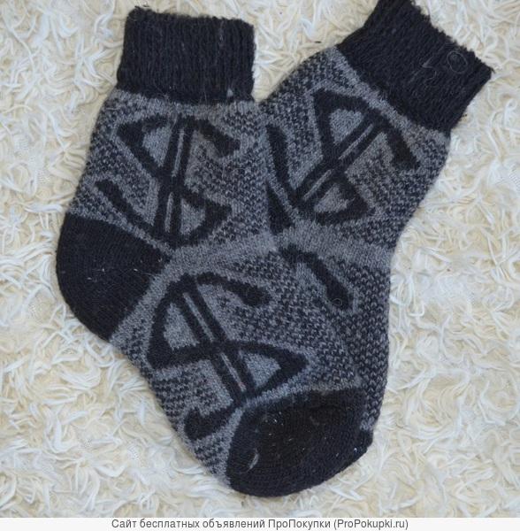 Чулочно-носочные изделия из шерсти от производителя