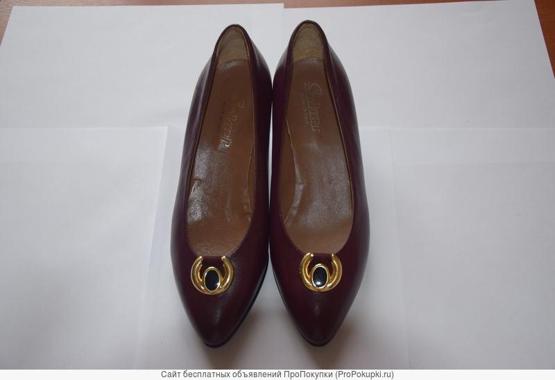 Туфли женские винтажные Италия, натуральная кожа, разм.37 (новые)