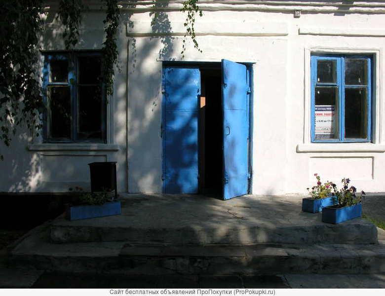 здание магазина в р.п.Знаменка
