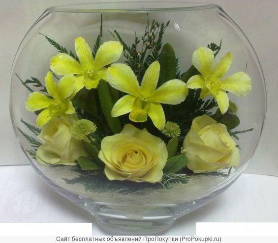Герметичные вазы с натуральными орхидеями желтыми