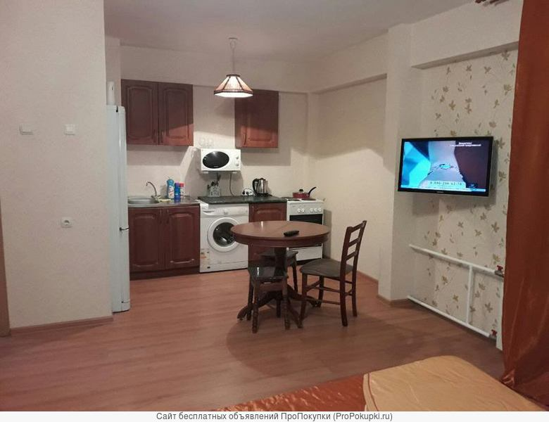 Квартира посуточно почасовая аренда с видом на ангару