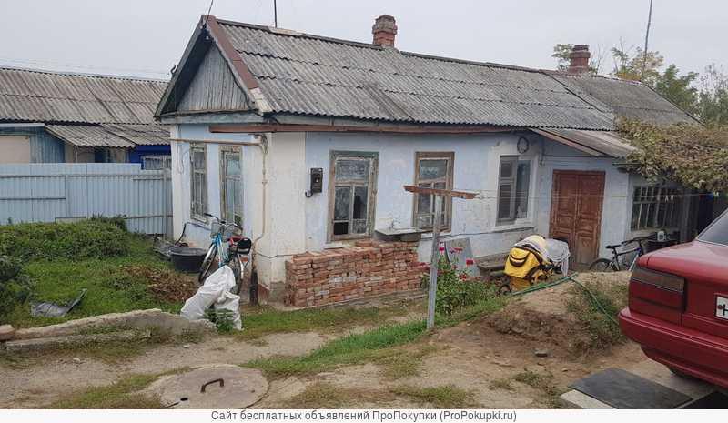 Хата 53 кв.м. 4 сотки земли район Кирпичный