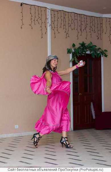Сценарист,режиссёр и ведущая свадебных мероприятий в Ижевске Ирина Яркая