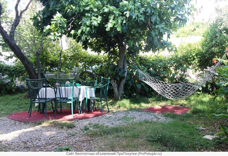Дом 302 м2, земля - 779 м2, вблизи от моря, Будва, Бечичи, Черногория