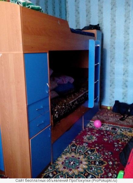 Продам мебель- детскую двух-яростную кровать. Не дорого .