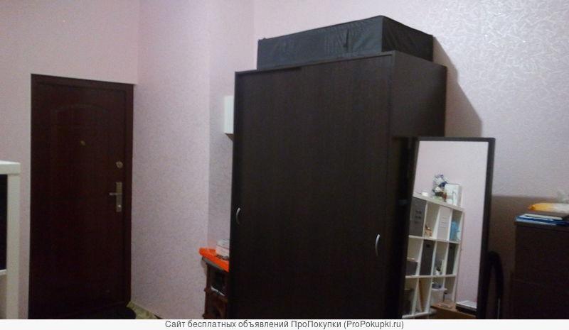 продаю комнату 16 м в коммунальной кватрире, 2е соседей