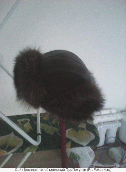 шапку мужскую темно-коричневую 58 размер