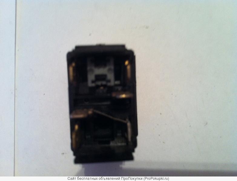 Клавишный выключатель авто Скания