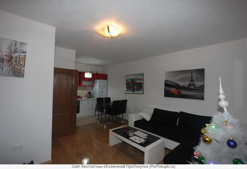 Квартира 51 м2, дом с лифтом, вблизи моря, Бар, Черногория