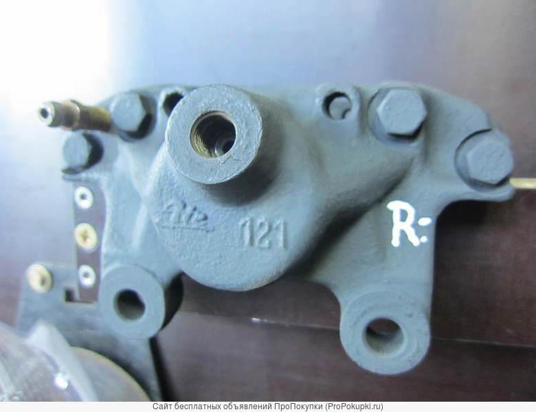 Тормозной суппорт задний левый на Мерседес W124 W201