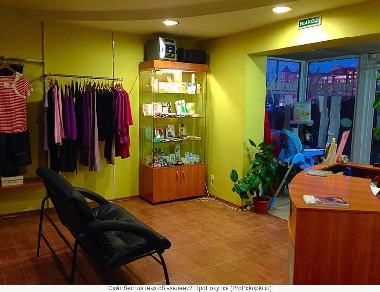 Мебель для бутика одежды и белья дешево