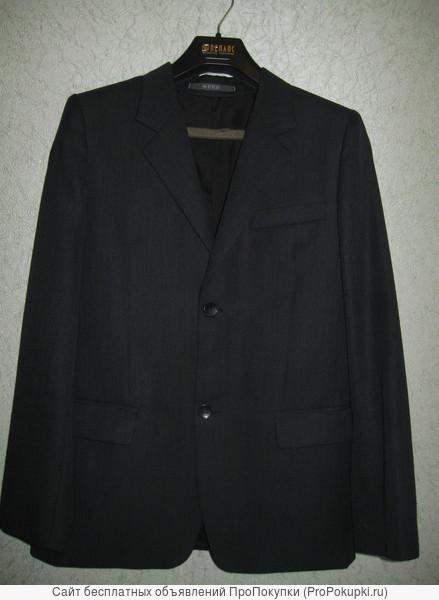 продам подростковый (мужской костюм)