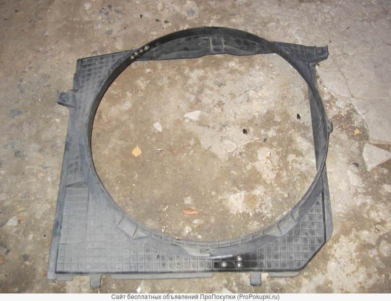 Диффузор на радиатор для Мерседес w124;w201;w202;w126;w140;w220;w126