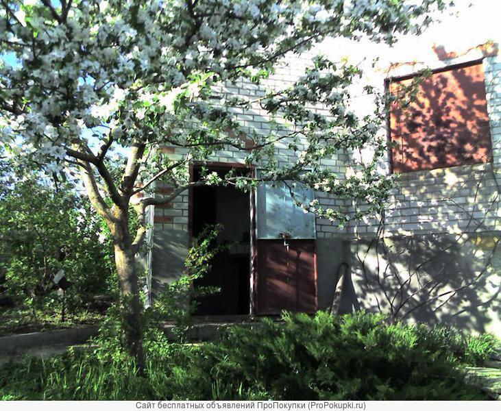 Продаю дачный участок с домом у озера Кравцово