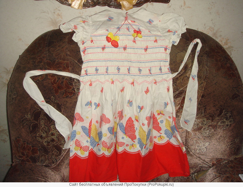 красивое платье для девочки 100% хлопка, белые колготки