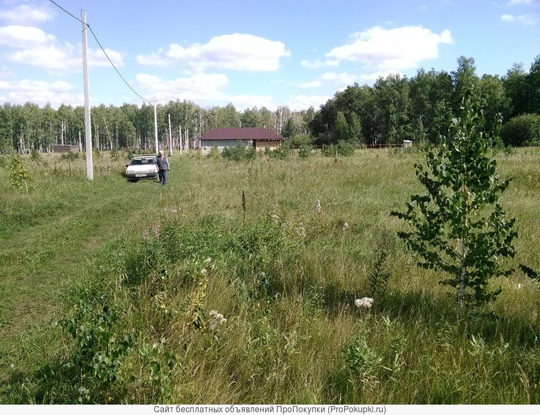 Продам земельный участок в п.Чистые Росы (Большие Харлуши)