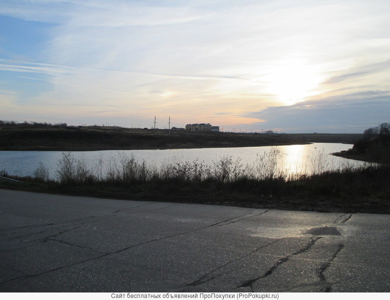 С.Новое(Боголюбово)-15 соток под ИЖС-рядом с озером