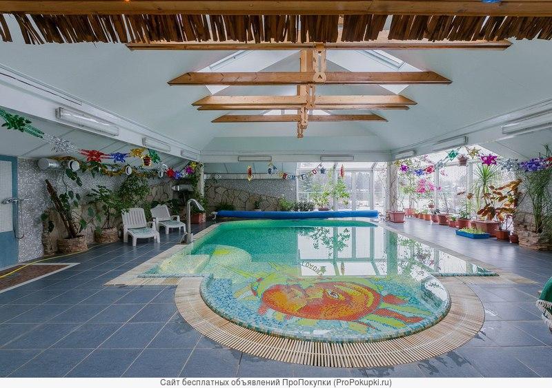 Коттедж с бассейном и сауной