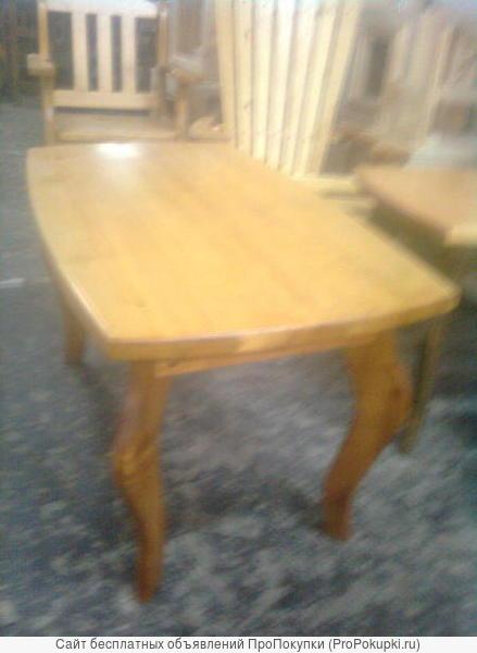 Продаю стол из натурального дерева