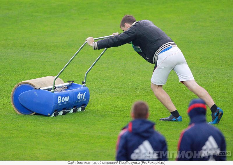 Лужи на спортивных и садовых покрытиях убрать