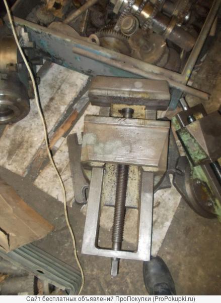 Тиски станочные губка 320 мм