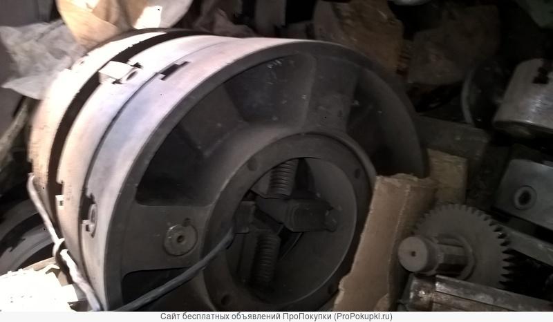 Патрон токарный для станка 9М14 четырёхкулачковый Ф 500 мм